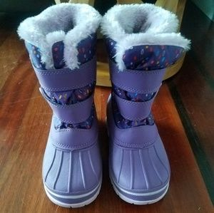 Toddler snow boots size 11/12